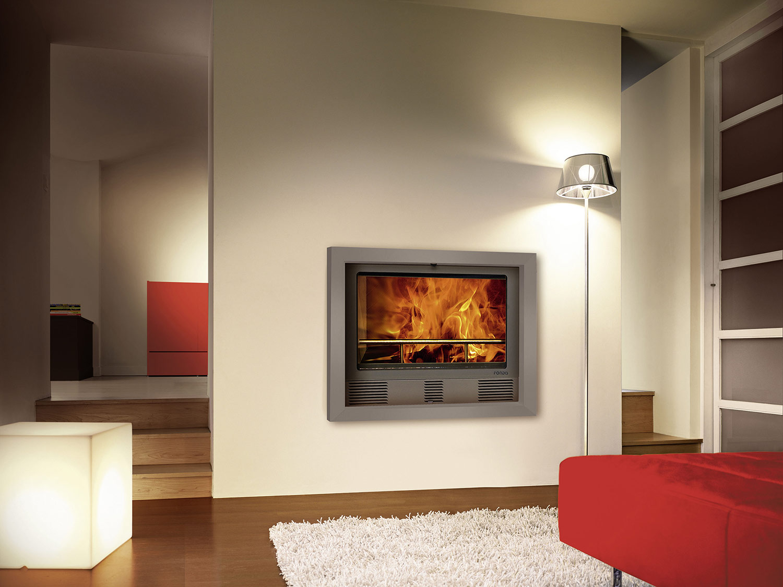 chemin e moderne design insert bois po le chemin e fondis. Black Bedroom Furniture Sets. Home Design Ideas